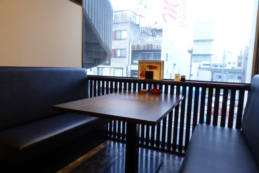 baba diningの店内02