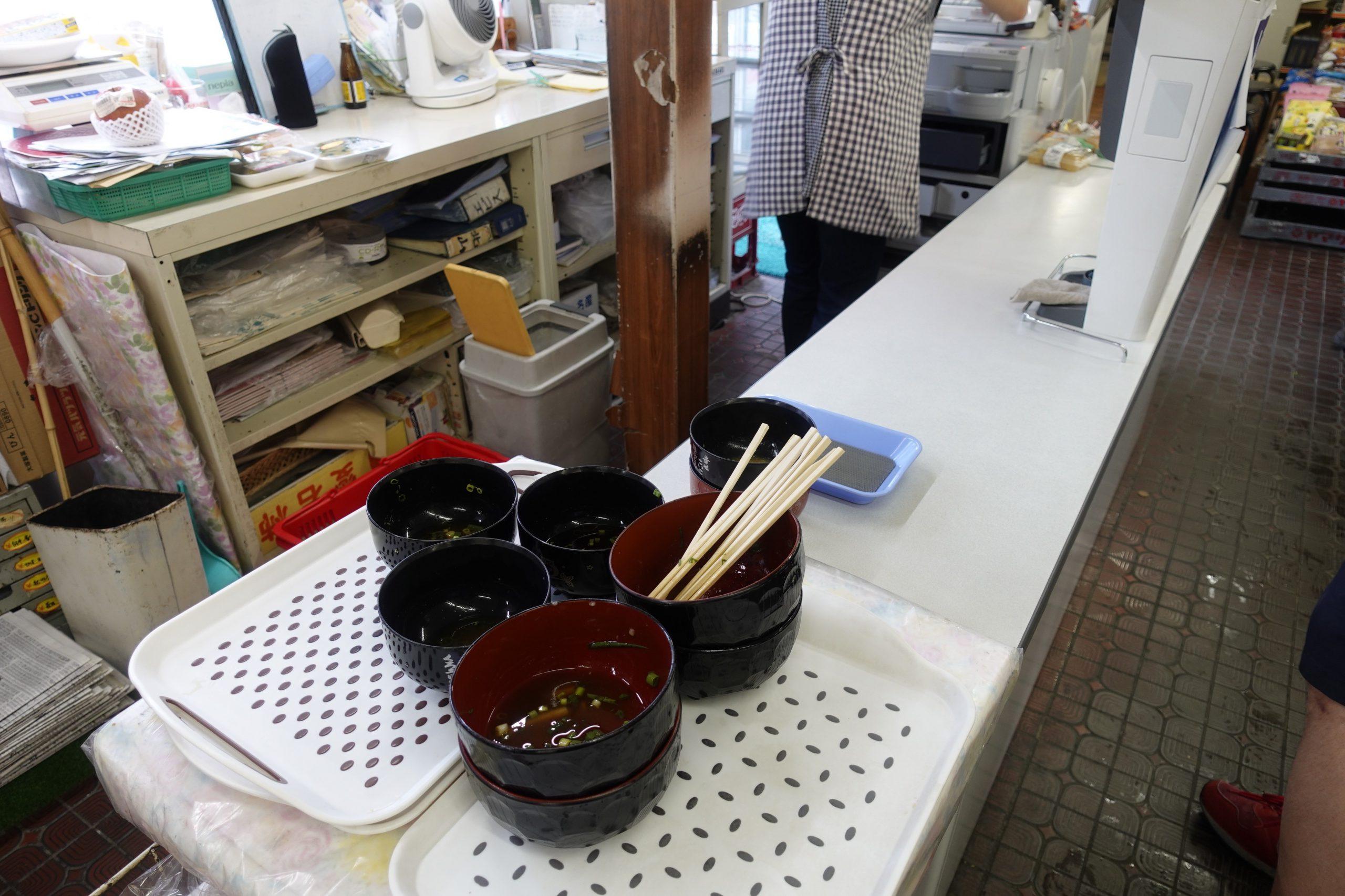 須崎食料品店内04